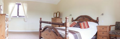 parc-gwair-master-bedroom